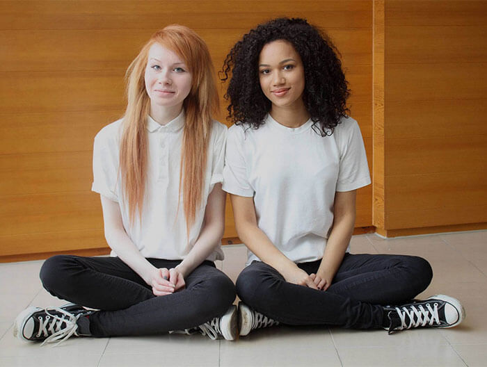 soeurs-jumelles-couleur-peau-differente-4